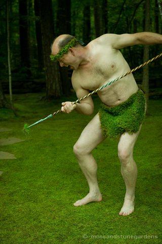 moss-weeding-2-7590798